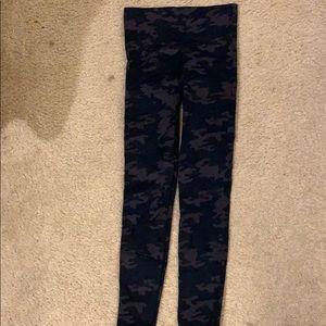 Spanx camo leggings size M